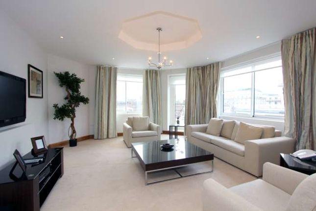 Thumbnail Flat to rent in Arlington Street, London