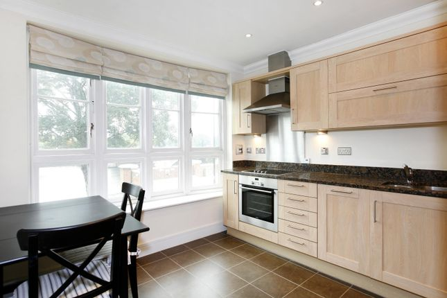 Thumbnail Flat to rent in Sovereign House, 1 Bridge Road, East Molesey, Surrey