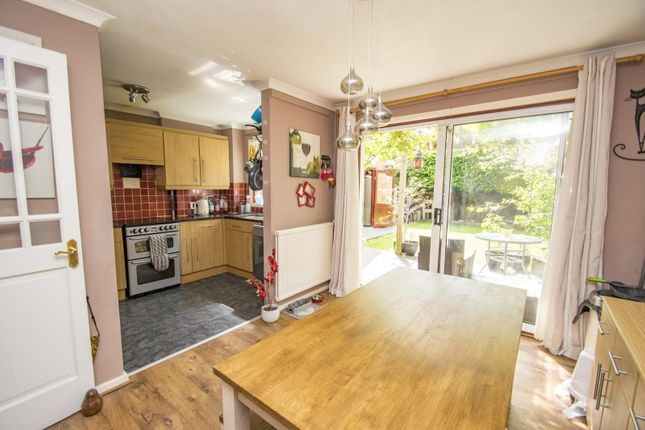 Kitchen Diner of Bensgrove Close, Woodcote, Reading RG8