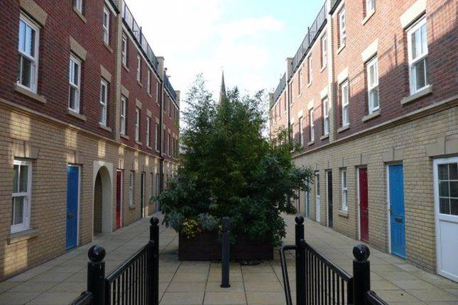 2 bed flat to rent in Sheep Street, Northampton NN1