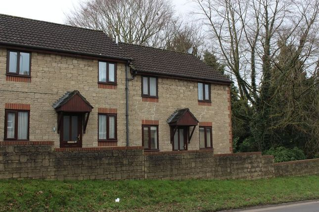 Thumbnail Flat to rent in Woodland Park, Calne