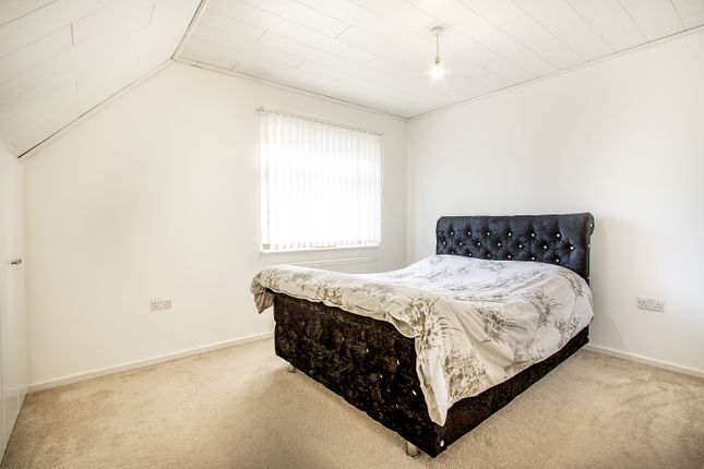 Bedroom 3 of Froxfield Avenue, Reading, Berkshire RG1