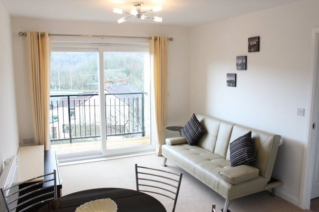 Thumbnail Flat to rent in Heol Gruffydd, Pontypridd