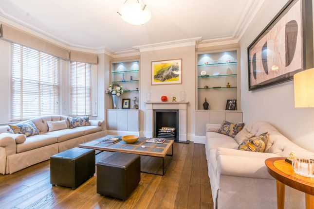 Thumbnail Flat for sale in Cumberland Mansions, Marylebone
