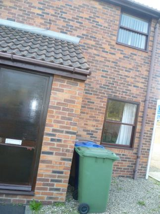 Thumbnail Flat to rent in Nursery Grove, Bridlington