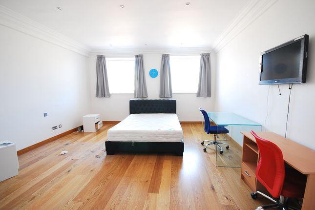 Thumbnail Flat to rent in Grainger Street, Newcastle Upon Tyne