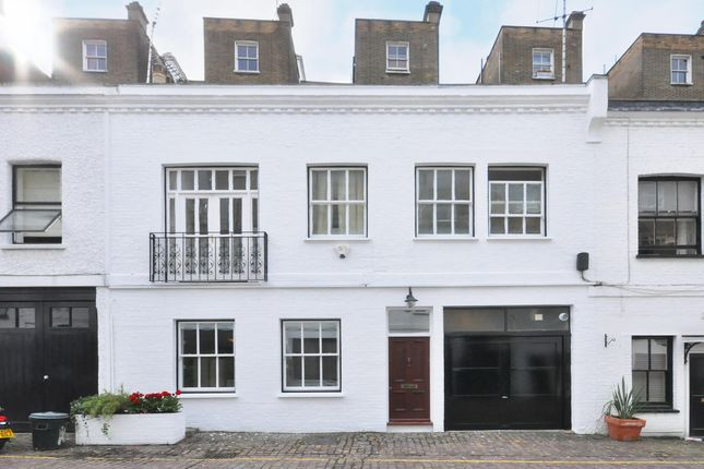 Mews house to rent in Gaspar Mews, London
