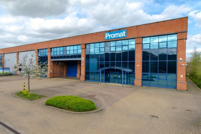 Thumbnail Industrial to let in Unit 8, The Sterling Centre, Bracknell