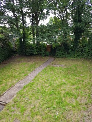 Thumbnail Semi-detached house to rent in Oen Place, Bilston