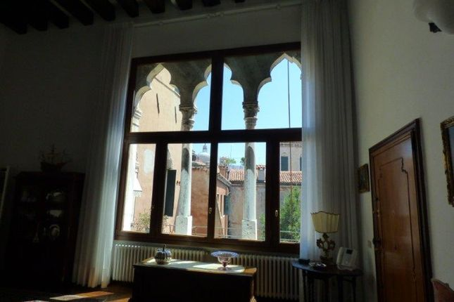 Thumbnail Duplex for sale in Cannaregio Miracoli, Venice City, Venice, Veneto, Italy