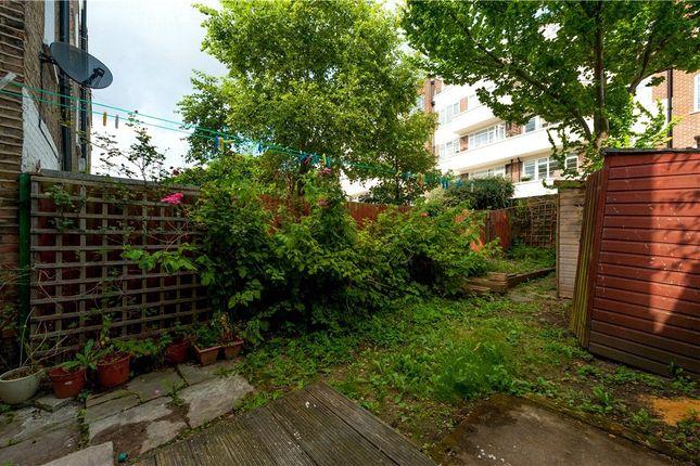 Picture No. 06 of Cephas Avenue, Stepney Green, London E1