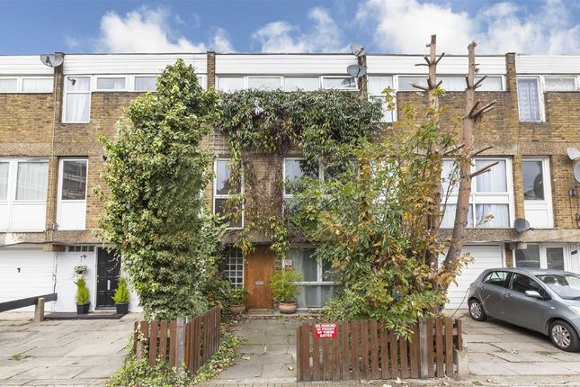 Thumbnail Property for sale in St. James's Crescent, London