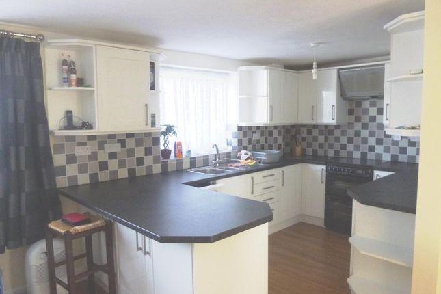 Thumbnail Flat to rent in The Elms, Leighton Buzzard