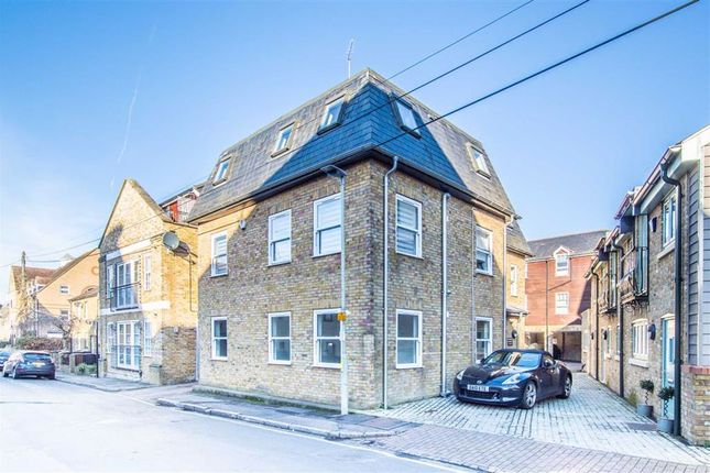 1 bed flat for sale in Stable House, Hertford SG14