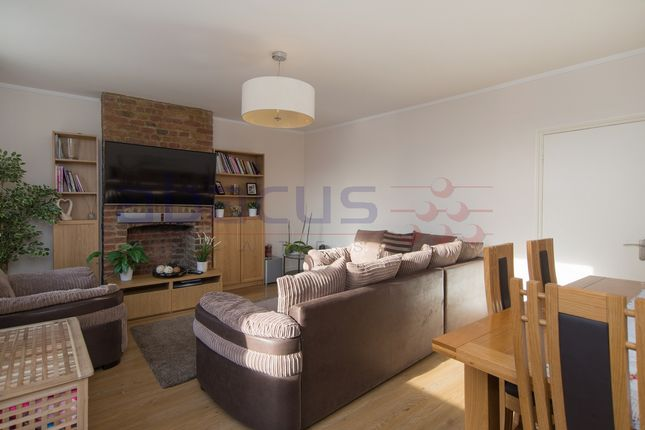 Thumbnail Flat to rent in Fortune Green Road, West Hampstead