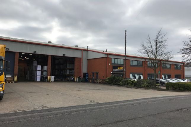 Thumbnail Business park to let in Ventura Park, Radlett
