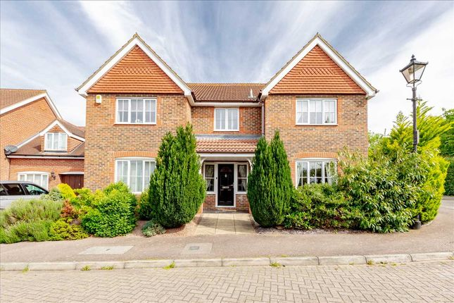 Thumbnail Detached house for sale in Ravel Close, Old Farm Park, Milton Keynes