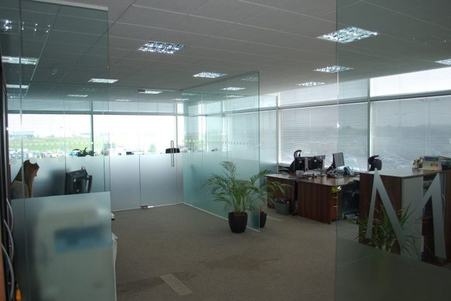 Thumbnail Office to let in Coopers End Road, Stansted