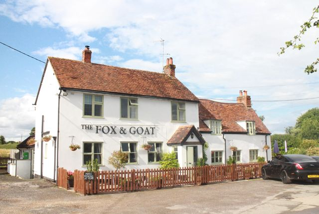 Thumbnail Pub/bar for sale in Thame, Oxford
