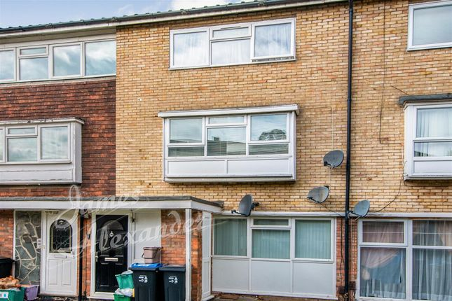 Maisonette for sale in South Lodge Avenue, Mitcham