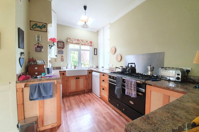 Kitchen of Eastern Road (Bedroom 1), Rayleigh, Essex SS6
