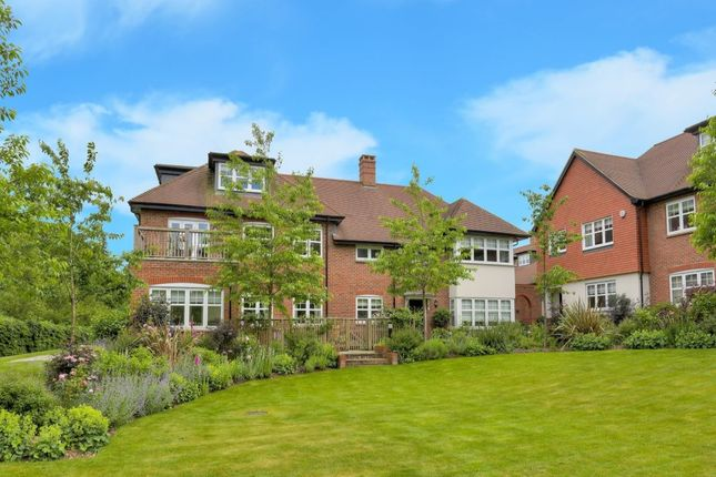 Thumbnail Flat for sale in King Harry Lane, St.Albans