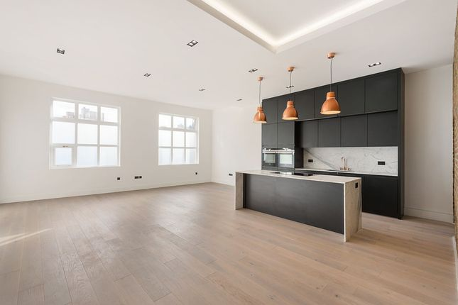 Thumbnail Flat for sale in Battersea Park Road, London
