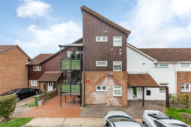 1 bed flat for sale in Scaldhurst, Pitsea, Basildon, Essex SS13