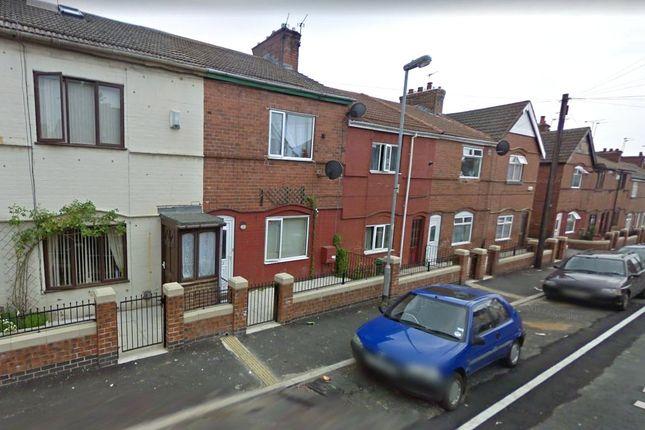 Thumbnail Shared accommodation to rent in Harrow Street, South Elmsall, Pontefract, West Yorkshire
