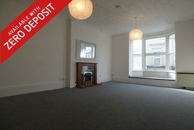 Thumbnail Flat to rent in 64 High Street, Ryde