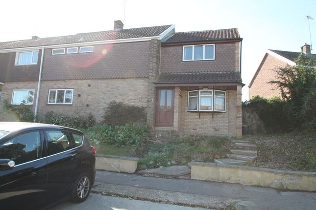 Thumbnail Terraced house for sale in Gernons, Basildon