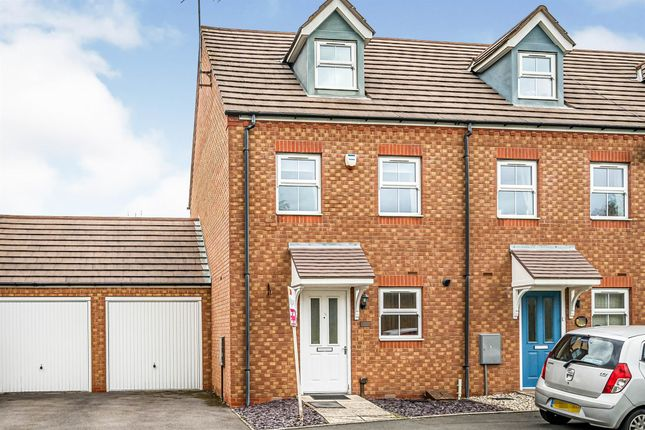 Thumbnail Town house for sale in Goodrich Mews, Dudley