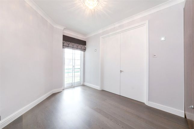 Third Bedroom of Dorset House, Gloucester Place, St. John's Wood, London NW1