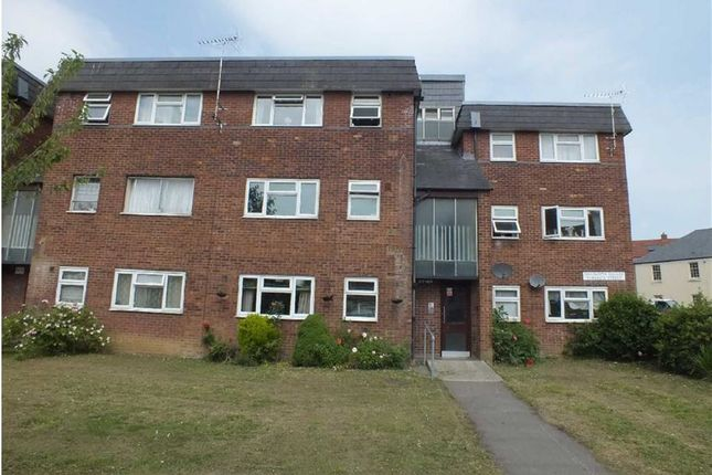 Thumbnail Flat to rent in Charlotte Square, Trowbridge, Wiltshire