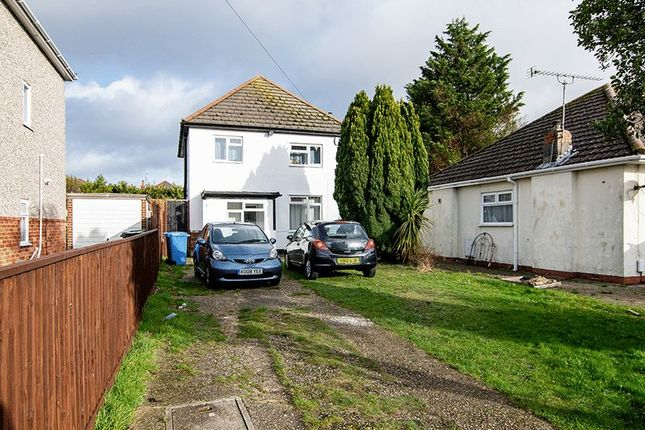 Thumbnail Property for sale in Mossley Avenue, Poole