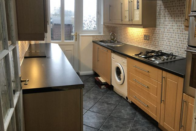 Thumbnail Terraced house to rent in Maplecroft, Offerton, Stockport