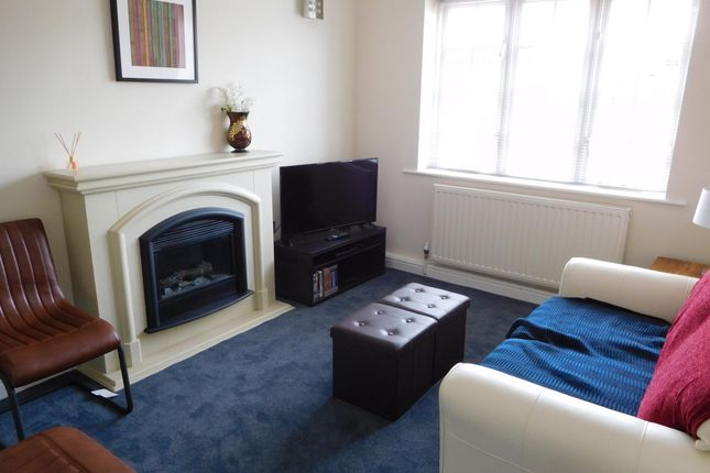 Flat to rent in Warmsworth Mews, Backside Lane, Doncaster