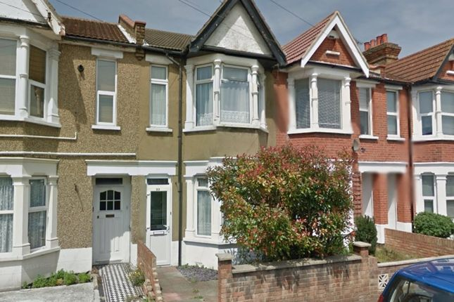 Thumbnail Terraced house to rent in Bournemouth Park Road, Southend-On-Sea