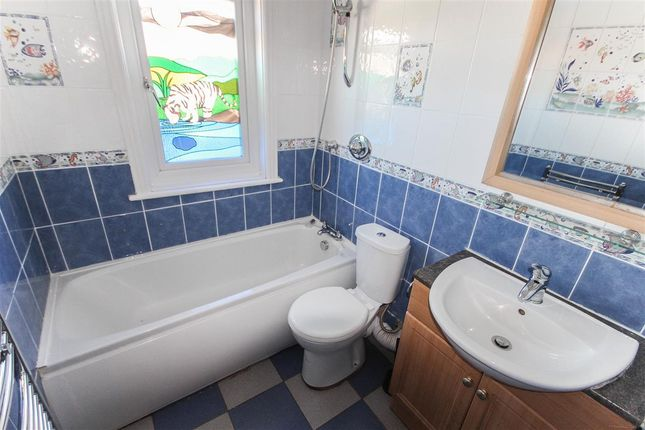 Bathroom of Mayflower Road, Shirley, Southampton SO15