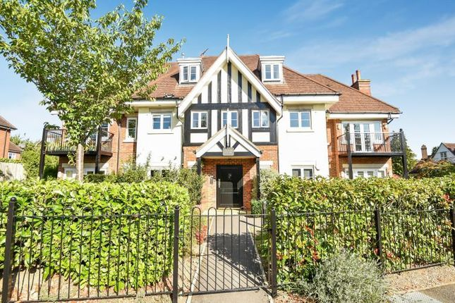 Thumbnail Flat to rent in North Park, Gerrards Cross