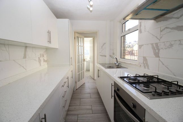 Thumbnail Terraced house to rent in Cecil Road, Gravesend, Kent