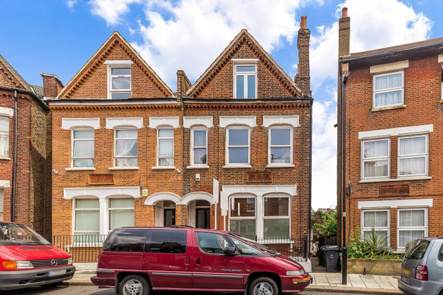 Thumbnail Flat to rent in Shrubbery Road, Streatham