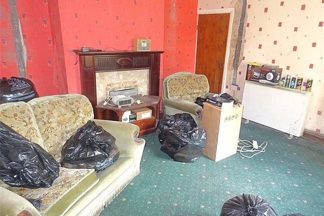 Picture No. 15 of Eldon Place, Cutler Heights, Bradford, West Yorkshire BD4