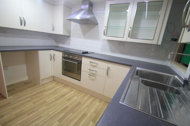 Thumbnail Flat to rent in Bute Street, Luton