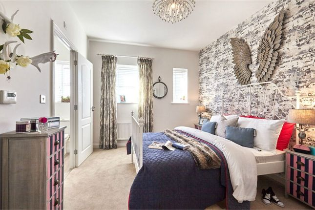 Thumbnail Semi-detached house for sale in Egerton Place - Houses, Off Richmer Road, Erith, Kent