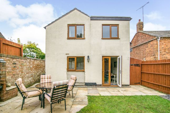Thumbnail Detached house for sale in Guilsborough Road, West Haddon, Northampton