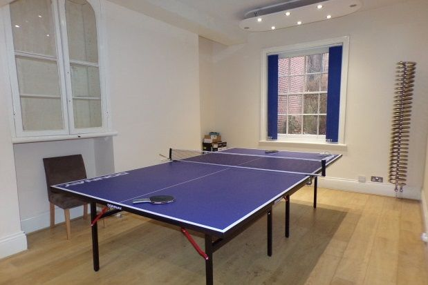 Thumbnail Property to rent in New Walk, Leicester