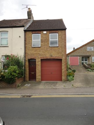 2 bed terraced house to rent in Mount Road, Rochester, Kent