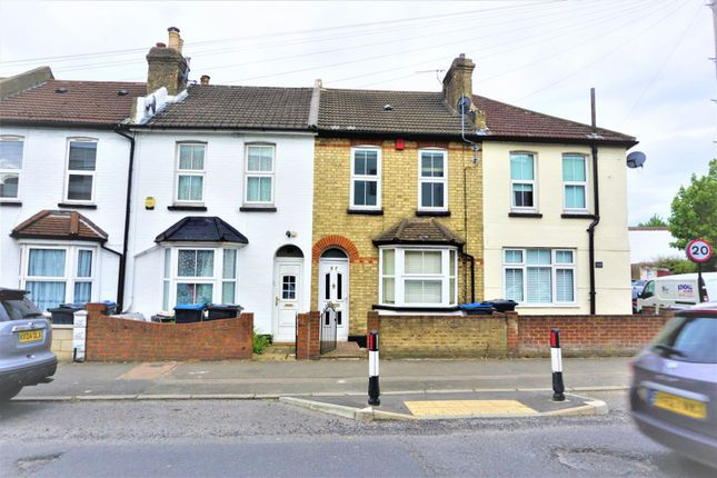 Thumbnail Terraced house to rent in Sanderstead Road, South Croydon
