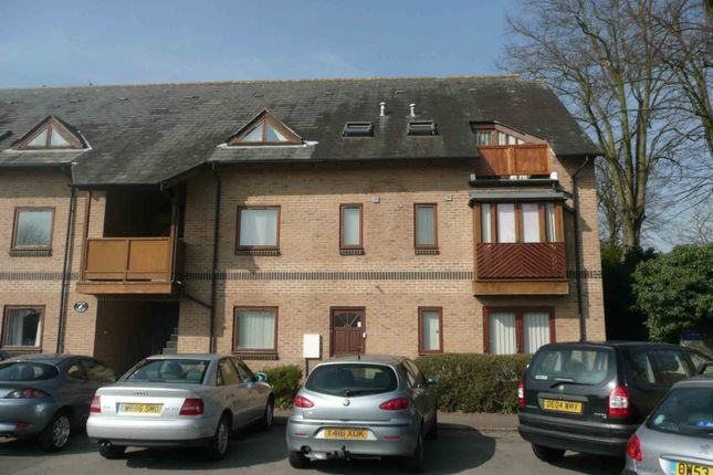 1 bed flat to rent in Dove Court, Old Place Yard, Bicester